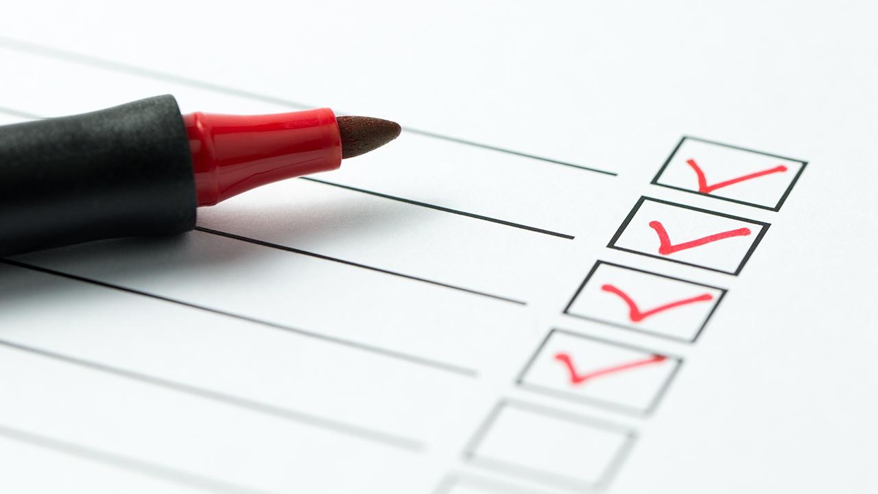 realiza-encuestas-a-los-ciudadanos