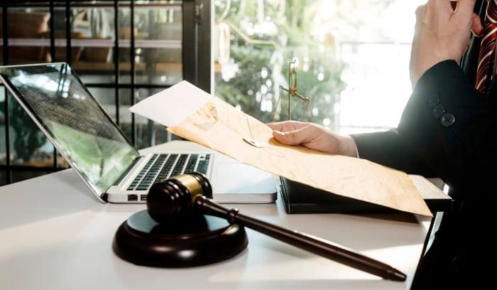 La importancia de la formación jurídica empresarial
