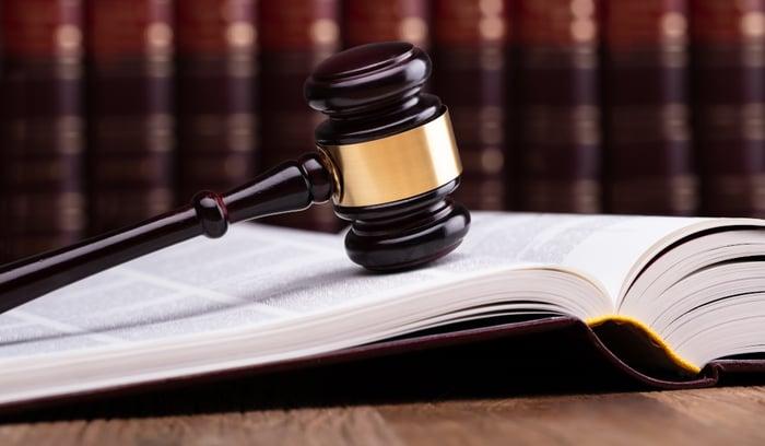 Reformas constitucionales y estabilidad4