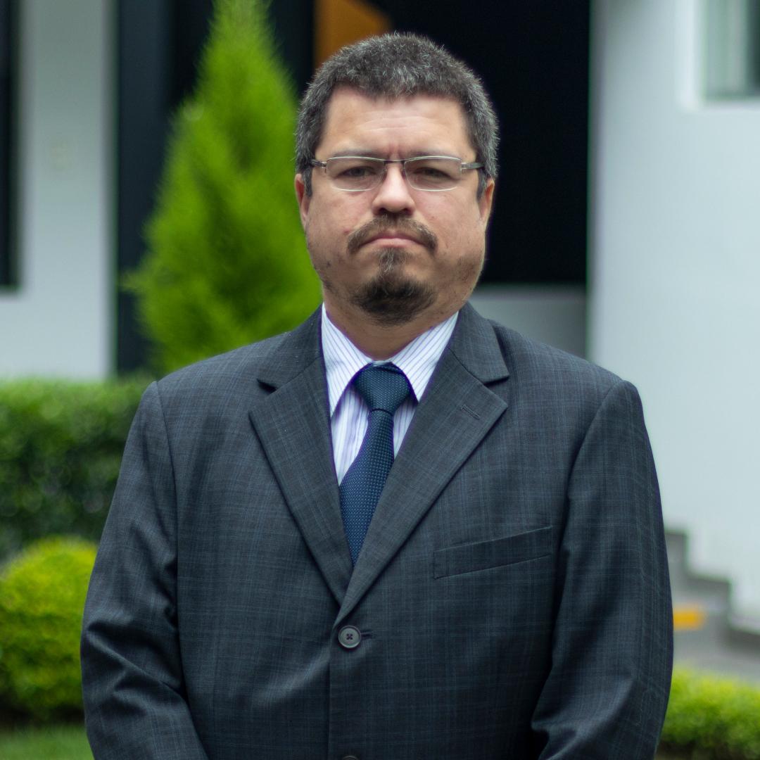Christian Guzmán Napurí